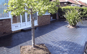Modern Driveways http://www.moderndriveways.co.uk/stage4.html